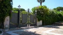 1 entrance gate