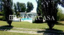 Piscina Villa Pratica di Mare -ROMACASA