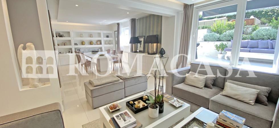 ROMA – INFERNETTO – Lussuosa Villa rifinito in comprensorio