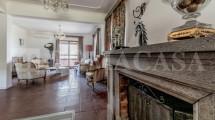 Sala con Camino Villa Ardeatina - ROMACASA